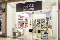 Simone - hangbags & shoes